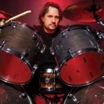 Heavy metal cu Dave Lombardo