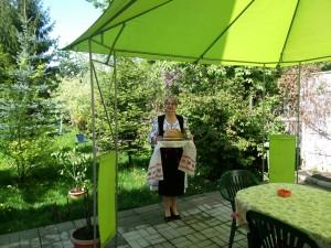 In costum popular traditional la pensiunea paloma brasov